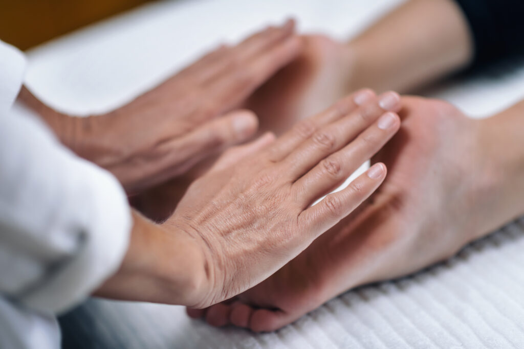 Image showing reiki healing through the soles of the feet